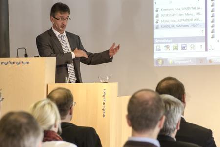 Stefan-Markus Eschner, Bereichsleiter Produktmanagement, präsentierte die CURSOR-Produkthighlights heute und morgen. Foto: S. Barthel