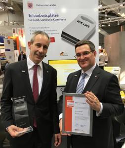 Freuen sich über den Innovationspreis-IT (von links): Gerald Richter und Paul Marx, die beiden Geschäftsführer der ECOS Technology GmbH