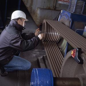 Die präzise Ausrichtung von Antrieb und Riemenscheiben senkt die Reibung und damit den Verschleiß an Riemen, Riemenscheiben, Lagern und Dichtungen.