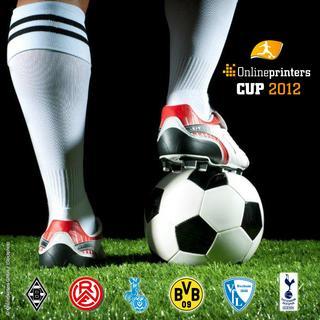 """Onlineprinters-CUP live erleben: Auch bei der zweiten Auflage des Onlineprinters-CUP 2012 heißt es wieder """"Fußball-Legenden live erleben!"""", wenn am 29. Dezember 2012 in Dortmund ganz großer Hallenfußball geboten wird. Hauptsponsor ist die Onlinedruckerei Onlineprinters GmbH."""