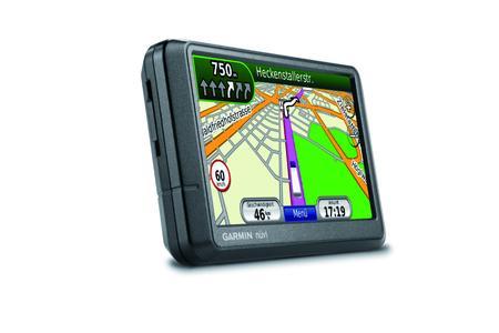 nüvi 465T mit speziellen Navigationsfunktionen für LKWs