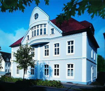 Historische Fassade mit Profil: Histolith-Werkstoffe besitzen in der Baudenkmalpflege einen hervorragenden Ruf