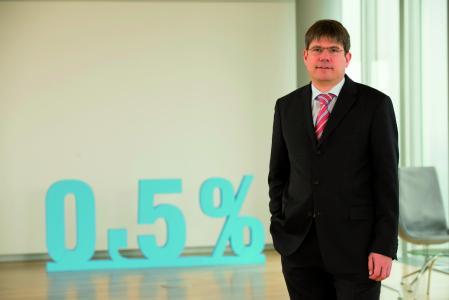 Georg Mackenbrock ist Geschäftsführer des Deutschen Medizinrechenzentrums