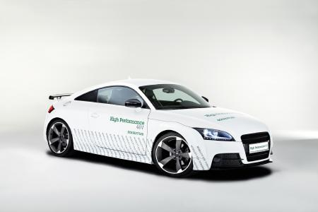 """""""Schaeffler High Performance 48 Volt"""" concept vehicle with 20kW electric rear axle for either low speed electric driving or for torque vectoring. The vehicle was also showcased during the test driving event for Japanese customers in October 2017 (Photo: Schaeffler AG)"""