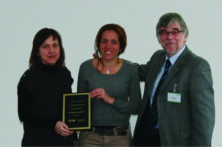 from left to right: Fuensanta Bernal Gil, Ester Jover Alsina (both Comercial Química Jover, S.L.), Prof. Dr. Lerche (LUM GmbH)