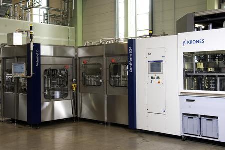Krones verzeichnete bereits im ersten Halbjar 2007 einen Anstieg der  Nachfrage nach ihren Blasmaschinen-Füller-Bloc-Lösungen um über 40 Prozent