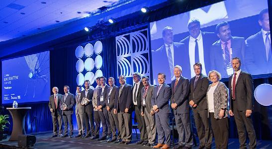 Die Gewinner des 2019 Enlighten Awards wurden im Rahmen des CAR Management Briefing Seminars (MBS) in Traverse City, Michigan, USA geehrt und ausgezeichnet