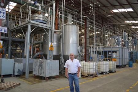 The hot washing plant for PET bottle flakes from Herbold Meckesheim guarantees high-quality regranulate at INVEMA