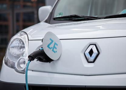 Im Mittelpunkt des 4. Deutschen Elektro-Mobil-Kongress am 14.-15. Juni 2012 im Essener Haus der Technik stehen Geschäftsmodelle und neueste Entwicklungen rund um die Elektromobilität. Ein öffentliches Fahrevent mit Elektrofahrzeugen findet in der Essener Innenstadt statt