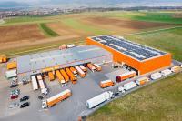 Die Solaranlage am Gebrüder Weiss Standort Aldingen produziert 280 Megawattstunden Strom (MWh) pro Jahr