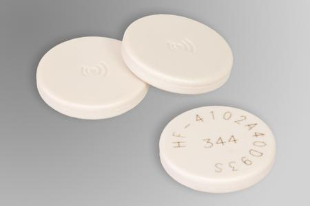 SMARTRAC introduces small LAUNDRY TAG with big performance