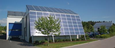 SolarStrom von der Fassade