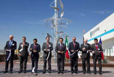 Eurocopter grows in Mexico with the inauguration of a production center for high-technology aircraft components