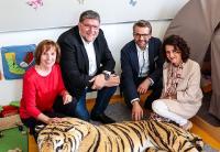 Anne Mack, Dr. Ulrich Fiedler, Sandro und Yvonne Walker v.l.n.r.