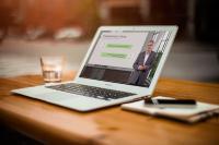Viele Unternehmen kennen ihre Möglichkeiten nicht, öffentliche Förderungen während der Kurzarbeit in Anspruch zu nehmen. Lecturio berät seine Kunden individuell darin, wie sie diese nutzen und mithilfe von Weiterbildungsprogrammen bestmögliche Erfolge erzielen können.