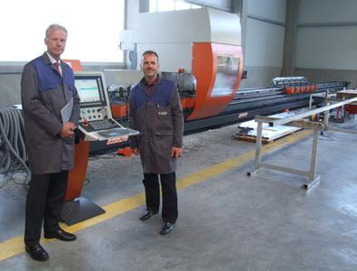 Erfolg mit marktgerechten Produkten und Dienstleistungen: Richard Edelsbrunner, Vertriebsleiter bei HAI (links) und Dr. Frank Ellermann, Leiter Processing