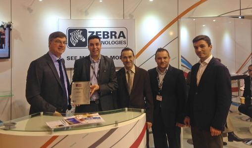 From left to right:  Alain Lecuivre, Regional Director DC/POS France & Iberia, Carlos Da Nobrega, Account Manager France & North Africa from Zebra Technologies Europe Limited, Joaquim Roque, Sales Director France, Sergio Patiño, Head of DC/POS Spain, and Luis Martins, Head of DC/POS Portugal, received the Award on behalf of Ingram Micro
