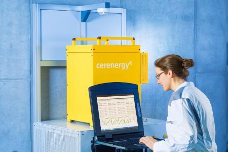 ENERGY STORAGE EUROPE: Fraunhofer IKTS präsentiert keramische Batterie mit Weltrekord-Eigenschaften / © Fraunhofer IKTS