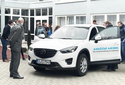 CCUnirent Akademie schult Mazda Mobilitätsexperten / Foto: © CCUnirent System GmbH