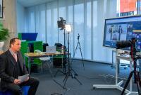 Marcel Speker, Leiter des iGZ-Referats Kommunikation und Digitalisierungsbeauftragter, moderierte die Preisverlehung zum iGZ-Award