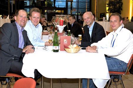 v.l.n.r. Roland Bihler (Datagroup), Torsten Langer (Messerknecht), Andreas Holm (Datagroup) und Olaf Timm (Messerknecht)
