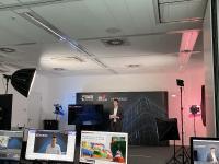 Tobias Schröer, Bereichsleiter Produktionsmanagement am FIR eröffnet den digitalen FIR-Thementag [© FIR e. V. an der RWTH Aachen]