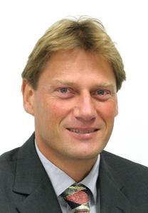 """""""In Zeiten knapper Kassen wird gespart, und die IT steht als Kostenfaktor zwangsläufig auch auf dem Prüfstand"""", erklärt Peter Hotter, stellvertretender Divisionsleiter Services bei Consol."""