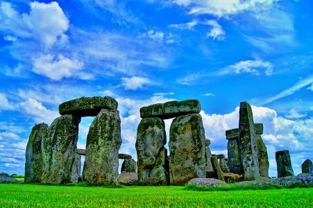 Uk-Domains represent also the United Kingdom like e.g. Stonehenge