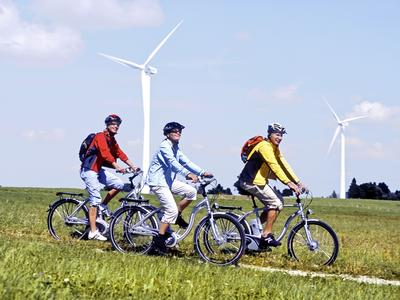 Ökostrom-Versorger wemio.de und Pedelec-Produzent Biketec senken die Anschaffungskosten für Elektrofahrräder