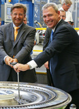 GEnx: MTU Aero Engines hands over first turbine center frame