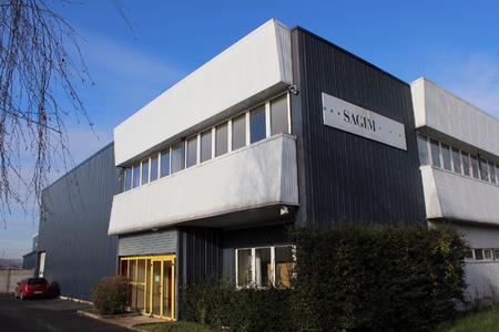Das Firmengebäude der Druckerei Sagim in Courtry bei Paris