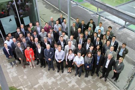 Gruppenfoto der Teilnehmer des Kick-Off Treffens von PowerBase bei der Infineon Technologies AG in Villach. Bild: Infineon Technologies AG