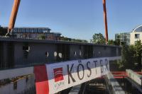 Die sogenannten PREFLEX®-Träger werden im Brückenbau bei kleinen und mittleren Stützweiten bis etwa 46 Meter eingesetzt. Beim Bauvorhaben Mucon München erfahren sie ihren ersten Einsatz im Hochbau. Bildquelle: Köster GmbH