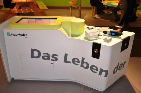 Exponat Fraunhofer ISC 40