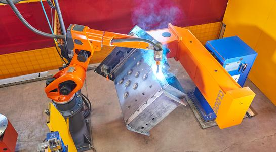 The WP-TS workpiece positioner always brings the boiler into the perfect position for welding