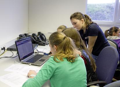 Girls'Day 2014 beim Netzwerk- und Datacenterausrüster