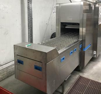 Die Reinigungsanlage für die chinesische Niederlassung fischer Tubetech Co. Ltd. arbeitet automatisiert, sehr effizient und hochproduktiv. ©Bildquelle: MKR Metzger