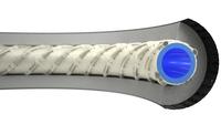 """""""Eine zusätzliche feine  Stahlumflechtung unterhalb der standardmäßigen Umflechtung ermöglicht eine hohe Druckbeständigkeit"""" Bildnachweis: ©Masterflex AG, Gelsenkirchen"""