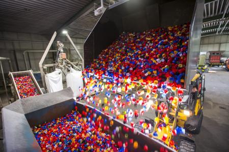 Gemeinsam mit der Reclay Group bietet TÜV SÜD einen neuen Service zur Prüfung und Zertifizierung der Recyclingfähigkeit von Verpackungen