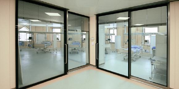 Anwendungsbild_CleanSwitch_Spital.jpg