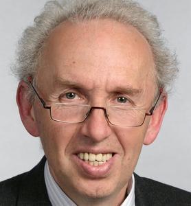Dr. Pál Pataki