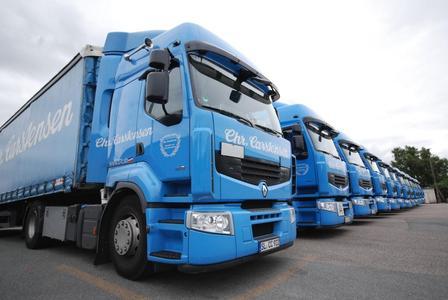 30 Renault Premium tragen seit kurzem das Blau der Spedition Christian Carstensen