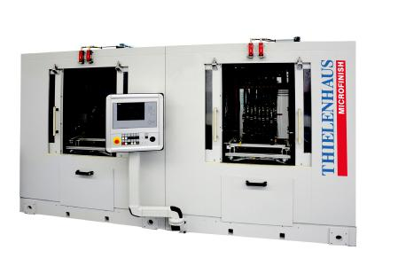 The new CrankStar tape finishing machine from Thielenhaus Microfinish is geared to the demand for ever more compact engines and enables the finest machining of crankshafts with narrow bearing distances.
