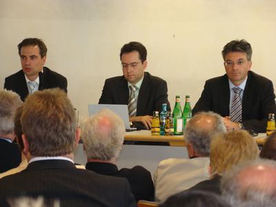 Eröffnungspressekonferenz der Intersolar 2008. In der Bildmitte Markus Elsässer, Geschäftsführer des Veranstalters Solar Promotion GmbH