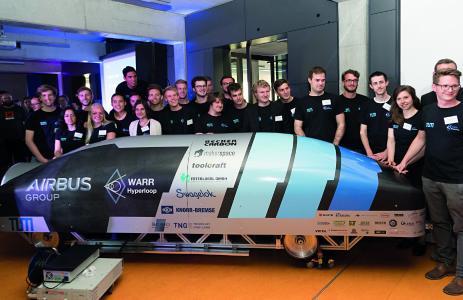 Beim WARR Hyperloop Team der TU München haben insgesamt 40 Studierende einen Prototyp einer Hyperloop Kapsel entwickelt