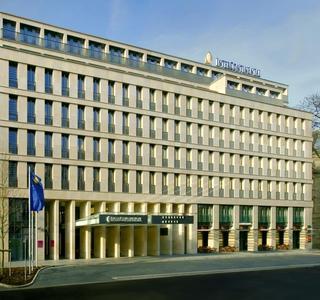 Auch die Malerarbeiten im edlen Fünf-Sterne-Hotel InterContinental auf der Düsseldorfer Königsallee führte die Gerhard Schmitz GmbH durch. (Quelle: InterContinental, Düsseldorf)