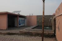 Solaranlage zur Stromversorgung der Entsalzungsanlage auf dem Tempeldach, Quelle: Phaesun