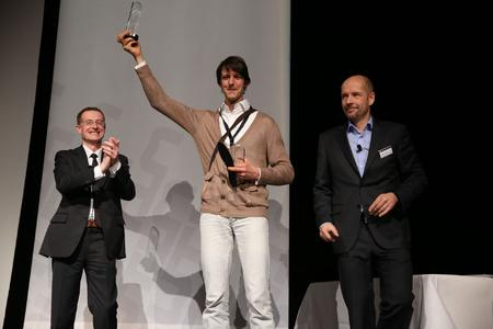 Dr. Maximilian Müller from the Innovation World Cup overall winner Moticon