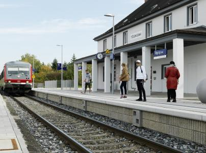 Hochabsorbierende Bahnsteigkante in Deutschland, Copyright: Rieder Gruppe/ Ditz Fejer