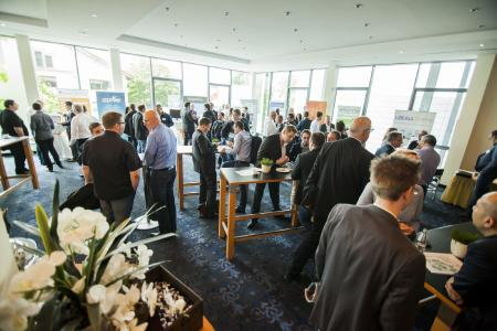 Intensiver Austausch und Branchengespräche auf der acmeo Partnerkonferenz
